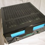 McIntosh MC300 stereo power amplifier