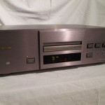 ESOTERIC X-10W CD player