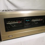Accuphase P-800 stereo power amplifier