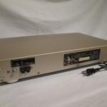 Pioneer F-D3 FM/AM tuner
