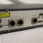 アナログ出力は XLR(2hot) です。デジタル出力は AES-EBU のみです。