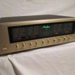 Accuphase DF-55 electronic crossover