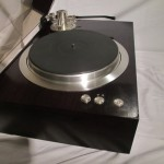 Exclusive P3 analog disc player