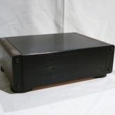 マランツのライントランスです。player-amplifier 間で使用します。