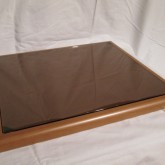木質+ガラス のオーディオボードです。