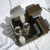 コンパクトなボディながら 6550(KT88) ULPP 60W を出力します。