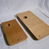付属するサブアームです。メイン(大)は FR64 用、サブ(小)はDA-305 用の穴が開いています。