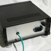 アップグレード電源はACケーブル着脱式です。