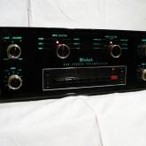 1980年発表のMcIntoshプリアンプです。
