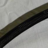 ケーブル部は黒のメッシュジャケットで覆われています。ジャケットは良い状態です。