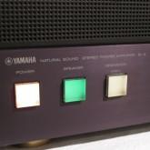 放送関連機器を連想させるスイッチデザインです。
