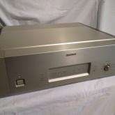 DAS-R10 D/Aコンバーターです。