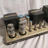 出力管は KT88/6550 仕様に改造済です。
