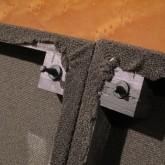 フロントグリル・マウント用ダボが一箇所折れていますが、安定してマウントできます。