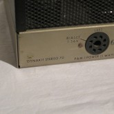 [stereo 70] は 35W/ch×2 の意味です。