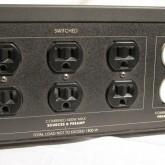 [switched]×6 は本機の電源スイッチ連動、[isoreted]×2 は Z-stabilizer 仕様です。