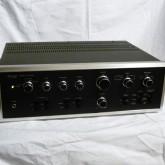 往年の SANSUI ブラックフェイスです。3バンドトーンコントロールや各種フィルターなど機能充実です。phono 基盤にトラブルがあり phono 基盤を撤去してあります。