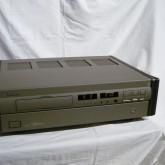 フィリップス渾身の力作 800R が入荷いたしました。ピックアップはスイングアームの CDM4MD が採用されています。