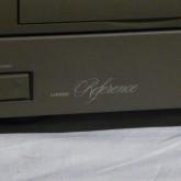 LHH-800R はその密度間の高い音色で現在も高い人気を誇っています。