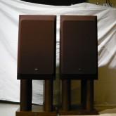 JBL  Lシリーズ はコンシューマーシリーズとして多彩なラインナップを誇りました。L112 は 4312 などとほぼ同サイズです。