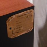 キャビネットは HPD385 用です。ユニットは monitor GOLD に入れ替えられています。