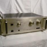 アキュフェーズの1970年代後半のパワーアンプです。メンテナンス済です。