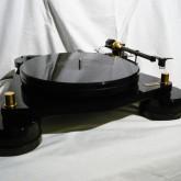 フランス・audio meca のレコードプレーヤーです。非常に珍しい製品です。