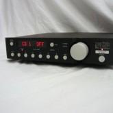 hi-end ブランドの代表格 maek levinson のプリアンプです。madrigal audio 時代の製品です。
