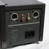 XLR 出力は 3-hot です。現行 ESOTERIC 製品とは異なりますのでご注意ください。