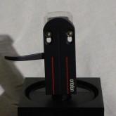 付属しているヘッドシェルは  ortofon LH-6000 です。