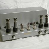 イソダの真空管プリメインアンプです。前段は12AX7×3、出力段はEL34 ULPPです。
