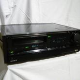 SONY の名ベータデッキです。ベータテープの映像コレクションをお持ちの方へ。