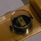 低出力モデルです。MCトランスやヘッドアンプ併用でご使用ください。