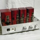 お手ごろ価格・コンパクトサイズの真空管アンプです。EL84PP、12W+12W。