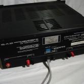製品背面部です。入力は RCA です。RCAジャックはコンタクト安定性の高いパーツに交換してあります。