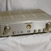 マランツ独自のデバイス HDAM 採用のプリメインアンプです。