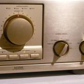 digital inputs が多数装備されているのが特徴です。