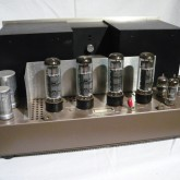 出力管 EL34/6CA7 はすべて新品に交換してメンテナンスを行いました。
