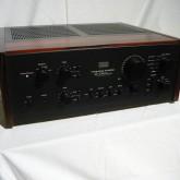 907 といえばサンスイのプリメインアンプ上位モデルの代名詞です。
