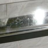 表面の装飾メッキには擦り傷などの使用感があります。