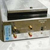 入出力端子は RCA端子 各1系統です。