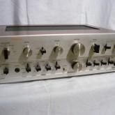 1975年発表、DENONのプリメインアンプです。