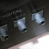 ST-link デジタル入力は input 3 が使用可能です。1/2 は端子に不具合があります。